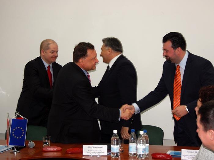 Pierwszy w kraju i na Mazowszu grupowy projekt drogowy